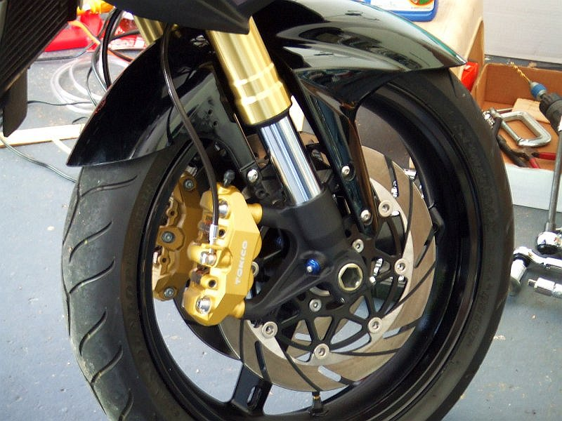 yet another GSXR front-end swap is finished - Suzuki SV650 Forum